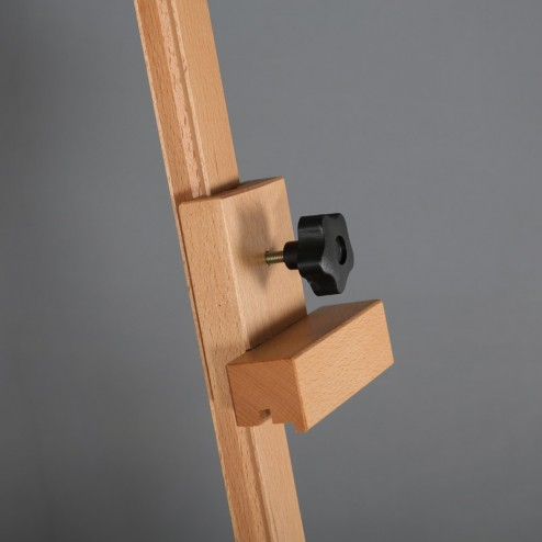 Adjustable top clamp