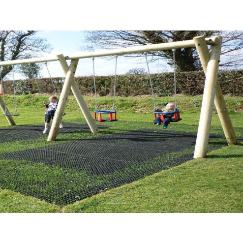 Grass protection interlocking matting