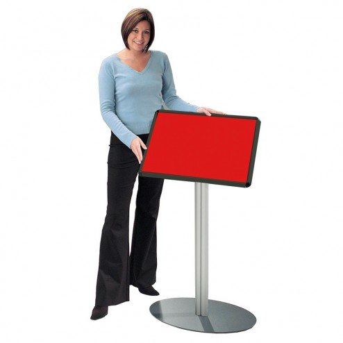 Versatile notice board