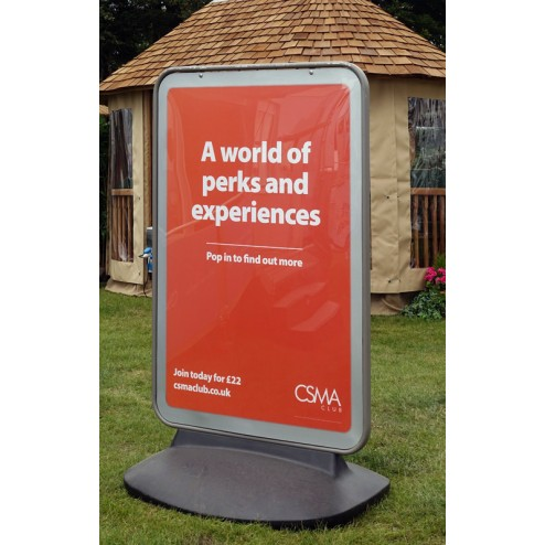 Display Outdoor posters