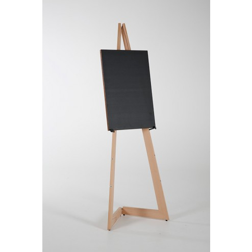 Holds boards or canvas from B2 up to A0