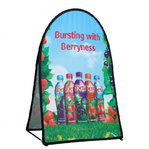 Flat base vertical pop out banner