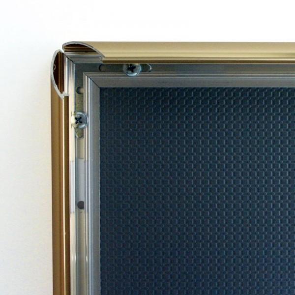 Snap shut Poster Frames mechanism