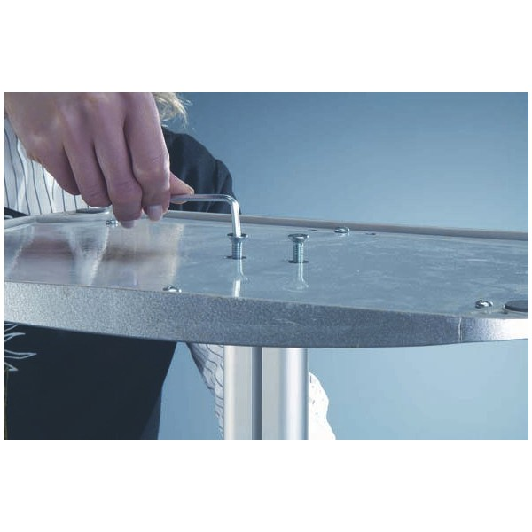 Easy to assemble sturdy base screws securely to post