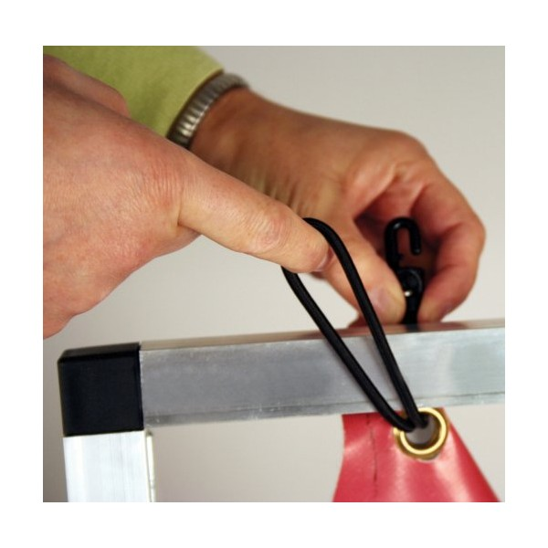 Bungee hooks for attaching the banner easily