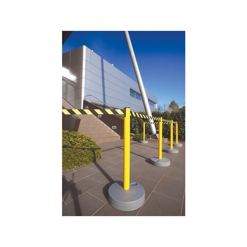 Outdoor Event Belt Barrier Tensabarrier Discount Displays