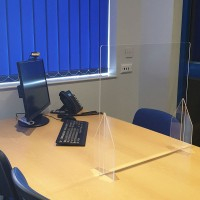Desk Acrylic Sneeze Guard Screens