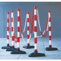 Plastic Chain Barrier - Concrete Base kit 6 posts 10m chain